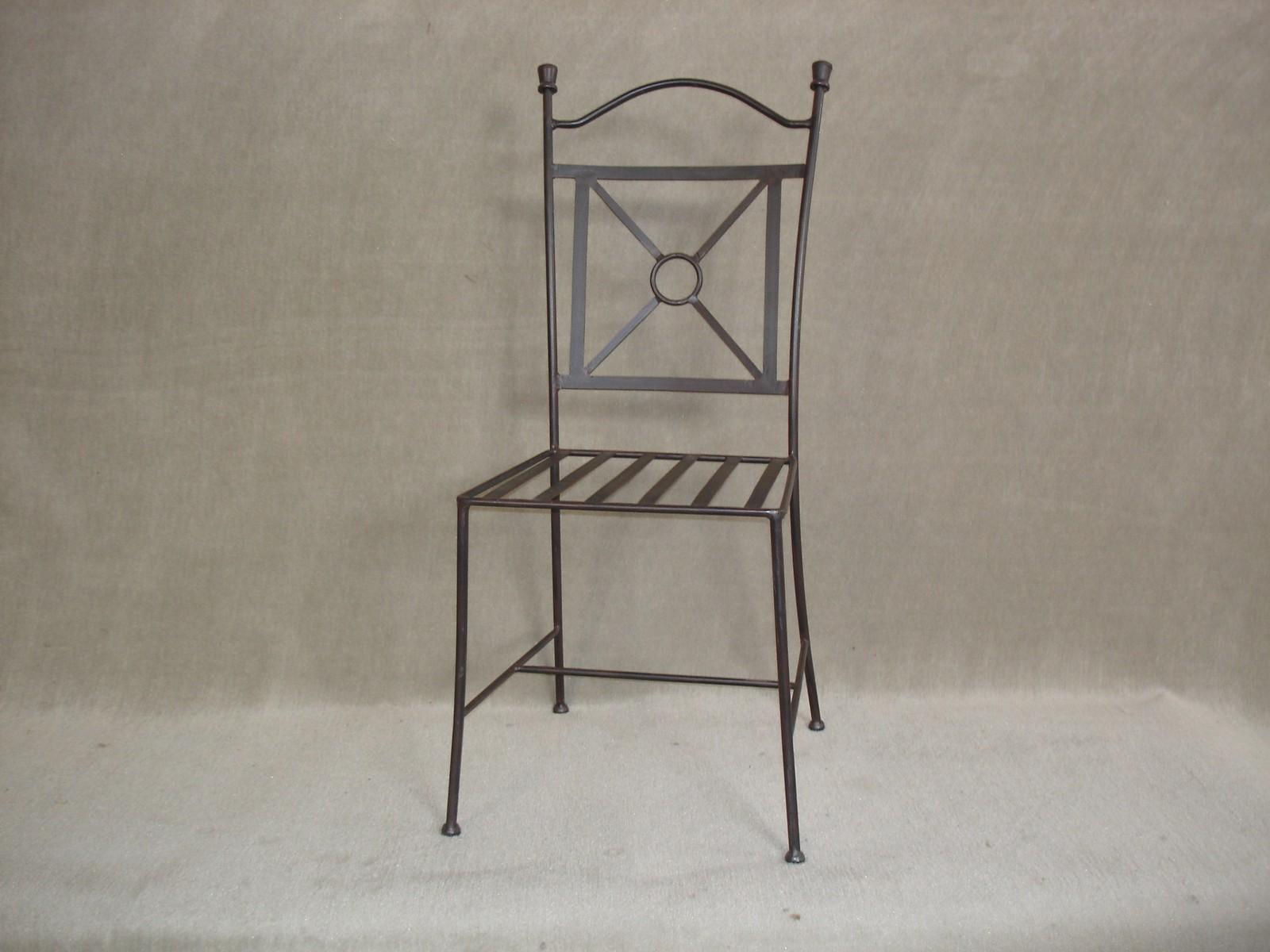 la villa du meuble meubles en ch ne massif et sur mesure portet sur garonne proche toulouse. Black Bedroom Furniture Sets. Home Design Ideas