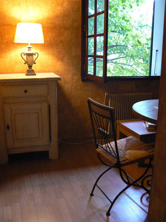 la villa du meuble meubles en ch ne massif et sur mesure rieux. Black Bedroom Furniture Sets. Home Design Ideas